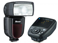 Nissin Di700A + Commander Air 1 (Schwarz)